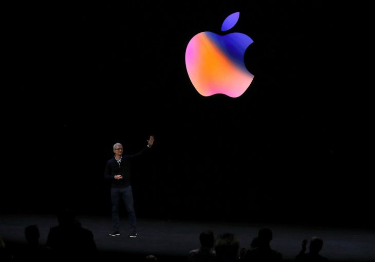 CUPERTINO, CA - SEPTEMBER 12: Apple CEO Tim Cook waves to the audience during an Apple special event at the Steve Jobs Theatre on the Apple Park campus on September 12, 2017 in Cupertino, California. Apple held their first special event at the new Apple Park campus where they announced the new iPhone 8, iPhone X and the Apple Watch Series 3. (Photo by Justin Sullivan/Getty Images)