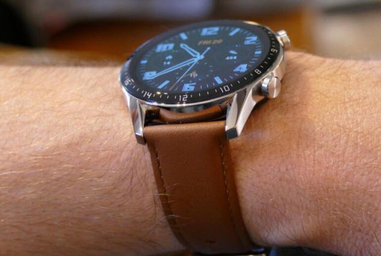 Yeni Yapay Zekalı Akıllı Saatler