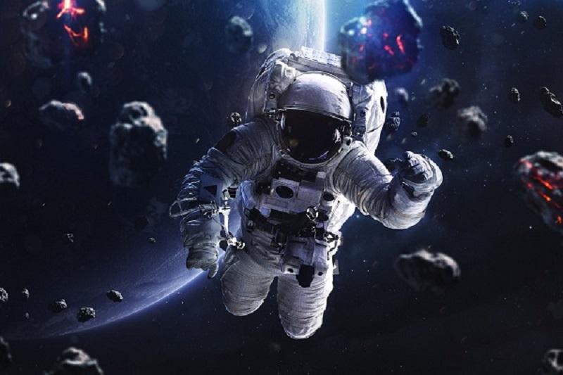 Astronotların Duygularını Anlayacak Bir Robot Göreve Başladı