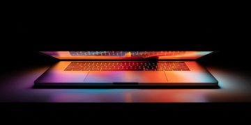 ARM tabanlı 13 inç MacBook Pro!